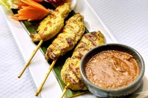 007 Thai Harmonie restaurant thailandais lyon brotteaux entree brochette poulet Thai Harmonie