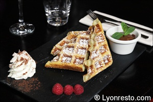 08 dessert gaufre minute restaurant un moment a part lyon Un Moment à Part