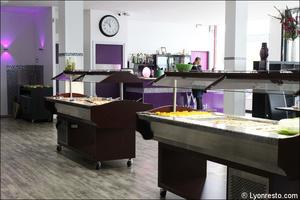 1 salle comptoir banques buffets w restaurant bron W Restaurant
