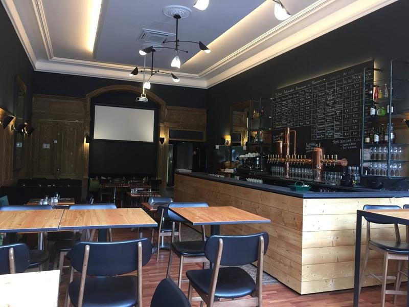 Accasbel restaurant lyon r server horaires t l phone for Extra cuisine lyon