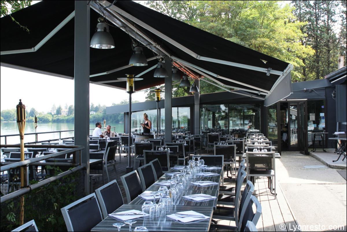 Le restaurant Au bord de l eau à 69150 Decines-Charpieu recommandé