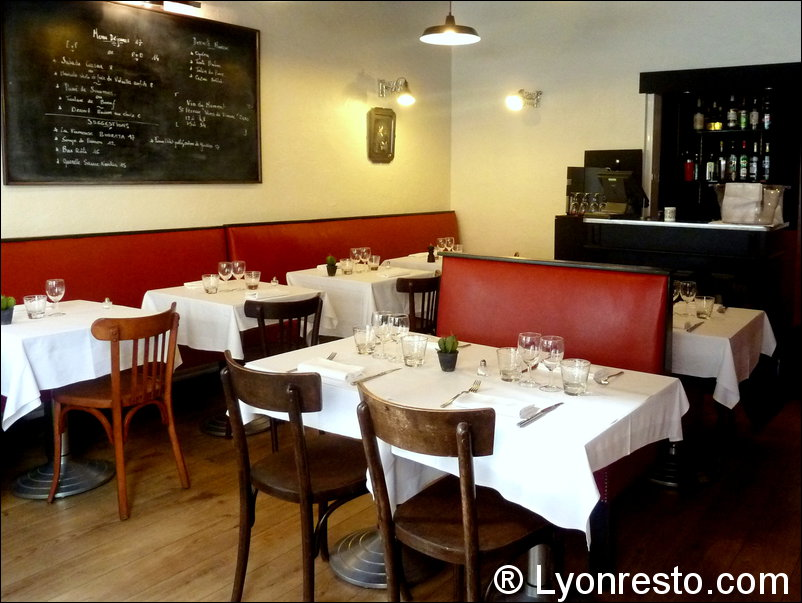 bistro b restaurant lyon horaires t l phone avis lyonresto. Black Bedroom Furniture Sets. Home Design Ideas