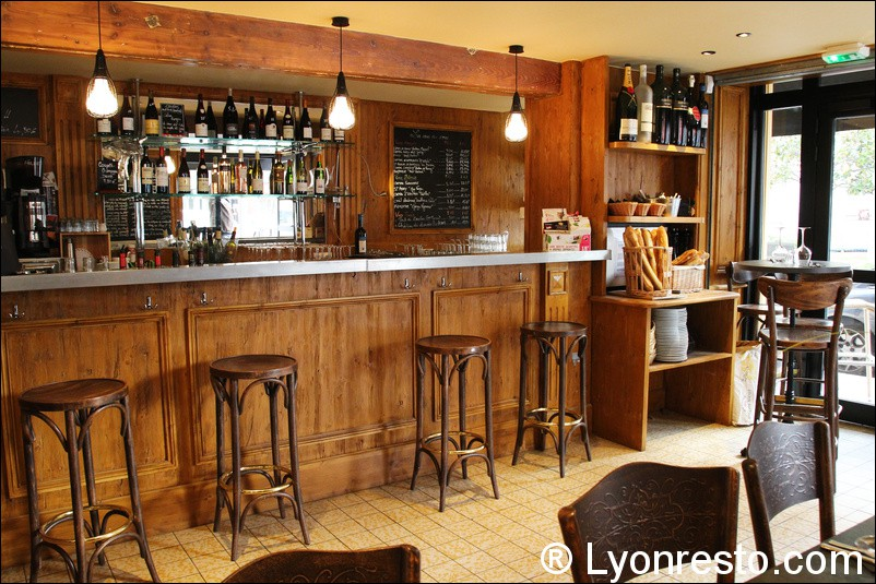 comptoir 113 restaurant lyon horaires t l phone avis lyonresto. Black Bedroom Furniture Sets. Home Design Ideas