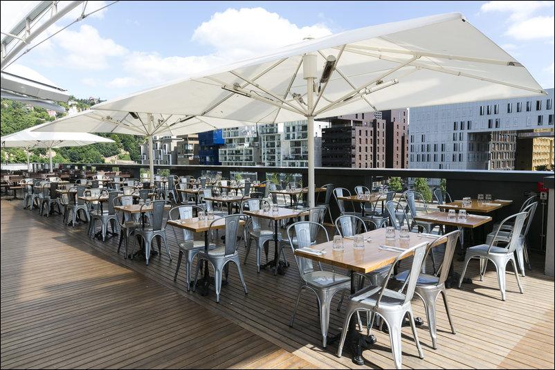 Fuxia confluence restaurant lyon réserver horaires téléphone