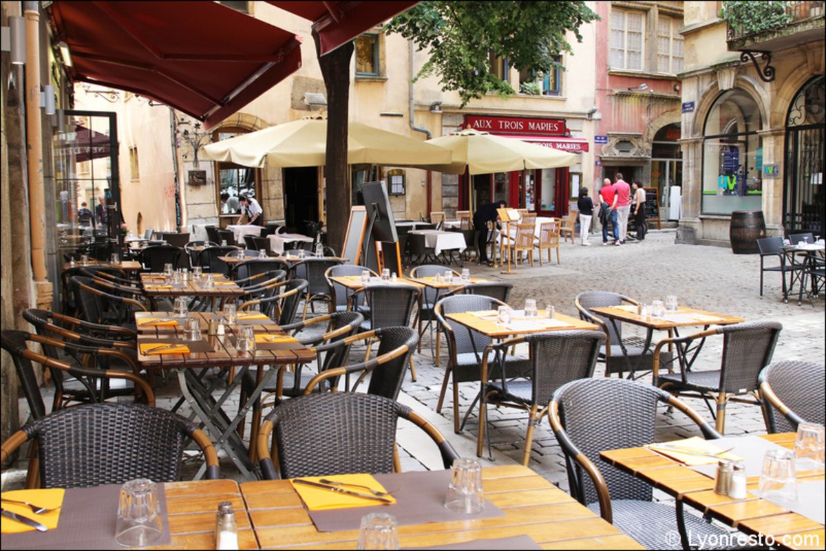 Giovany 39 s ristorante restaurant lyon menu vid o for Restaurant terrasse lyon