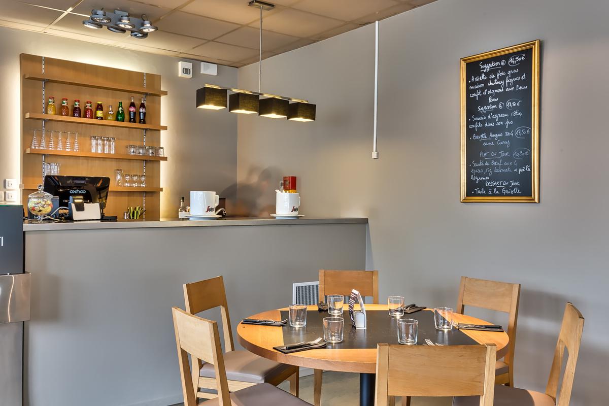Le restaurant L'Entre-Nous à 69130 Ecully recommandé