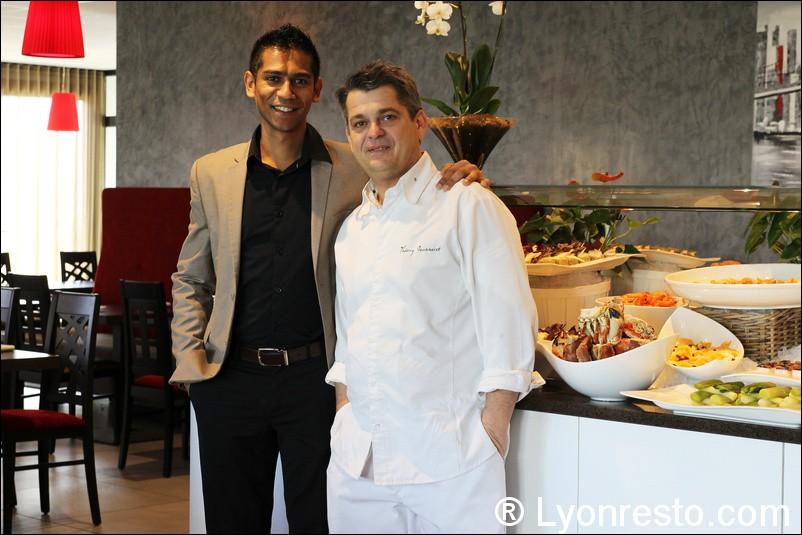 lyonresto.com/contenu/photo_restaurant/0_photo_automatique_big/la_rose_des_vents/001-portrait-restaurant-lyon-st-priest-rose-des-vents-kyriad-buffet-gastronomique