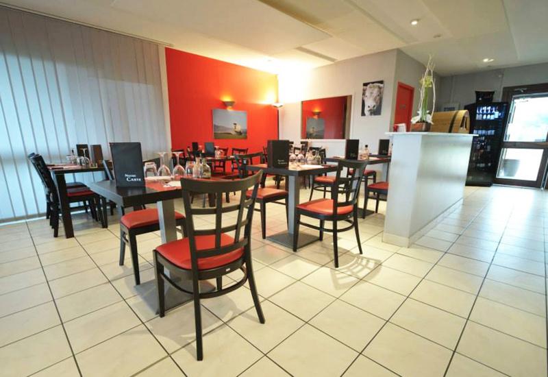 La Table Des Bouchers Restaurant Cessieu Reserver Horaires