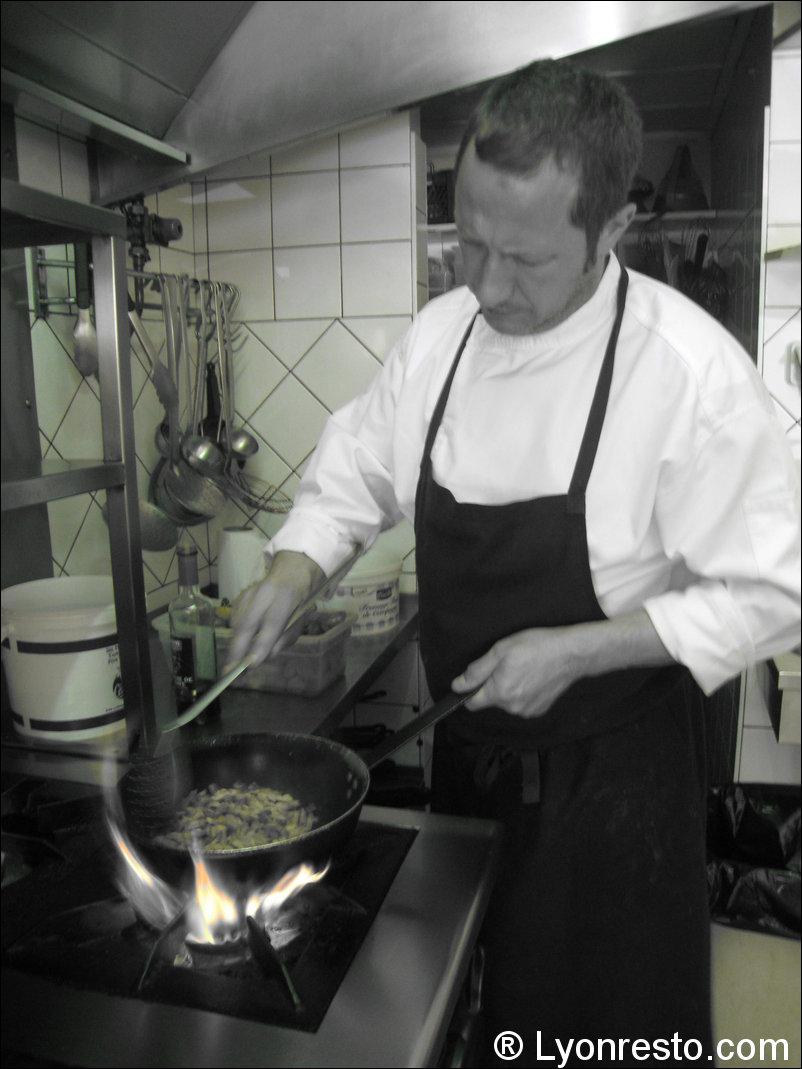 Restaurant Le Canut Et Les Gones  Ef Bf Bd Lyon