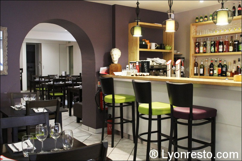 Le comptoir de sam restaurant lyon horaires t l phone for Comptoir de bar cuisine