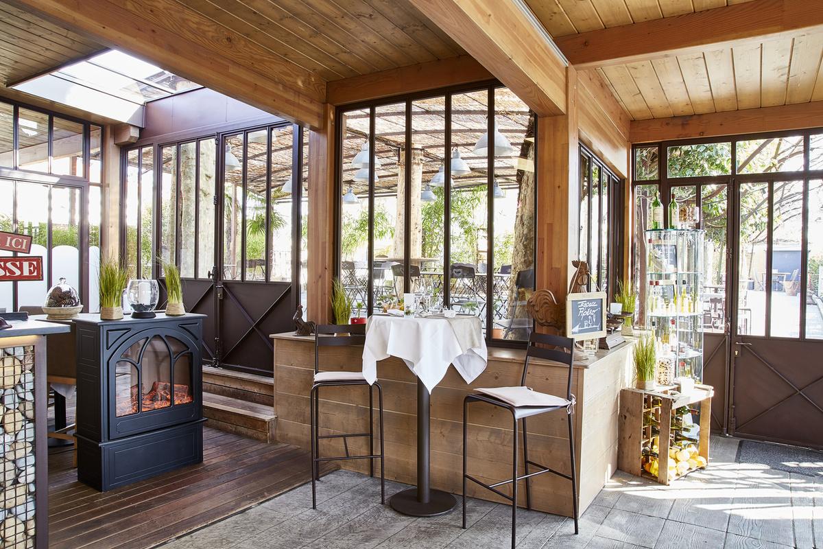 le jardin gourmand de craponne restaurant craponne menu vid o photo avis lyonresto. Black Bedroom Furniture Sets. Home Design Ideas