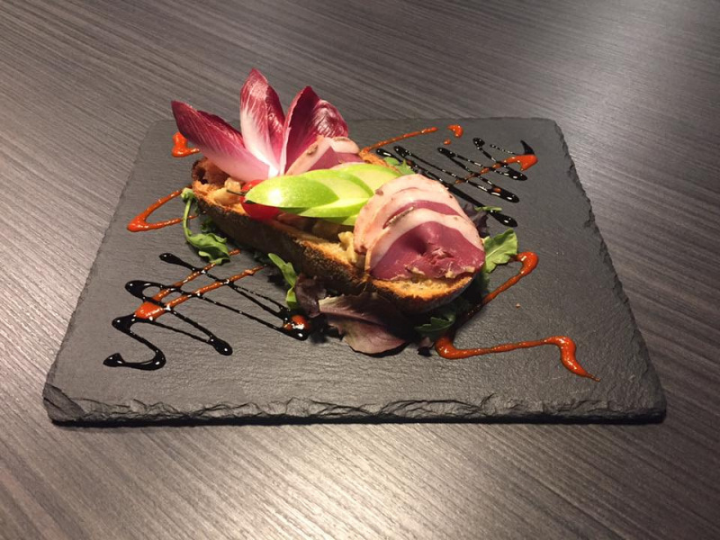 Le restaurant Le Vin et Un Plat Saint Symphorien à 69590 Saint Symphorien sur Coise recommandé