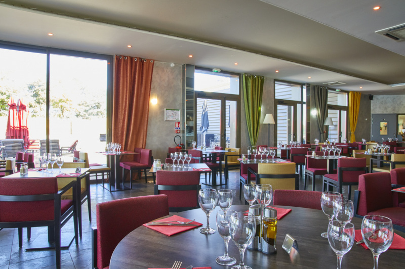Bon Restaurant Sur Meyzieu