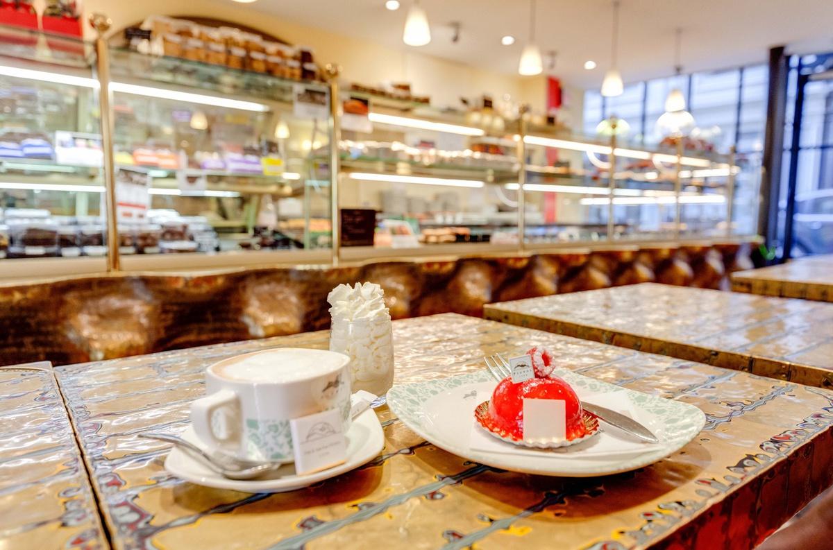 Pignol emile zola restaurant lyon r server horaires - Salon patisserie lyon ...