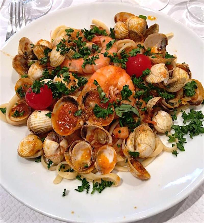Le restaurant Pizzeria Napoli, Chez Nicolo et Franco à 69002 Lyon recommandé