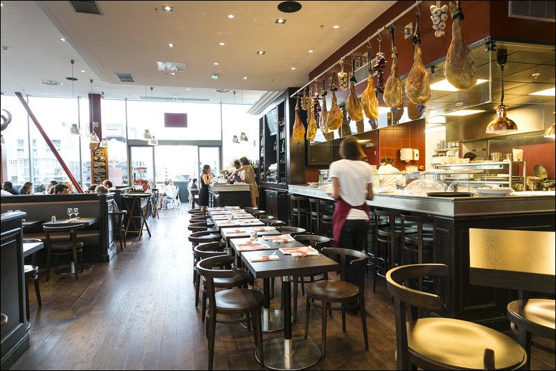 Zinc zinc caf baptiste confluence restaurant lyon horaires t l phone avis lyonresto - Restaurant confluence domo ...