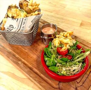 selection A l improviste beignets salade A l'improviste