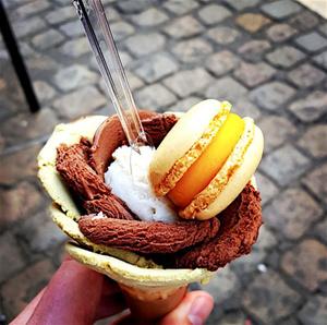 Amorino glace fleur macaron Amorino