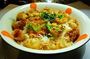 Etoile D Asie vermicelles crevettes grillees nems Etoile D'Asie