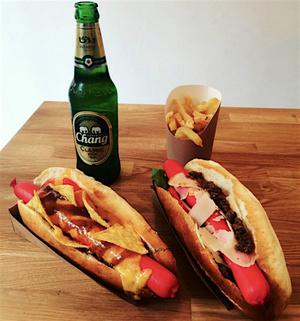 Hot Globe hot dog 3 Hot Globe