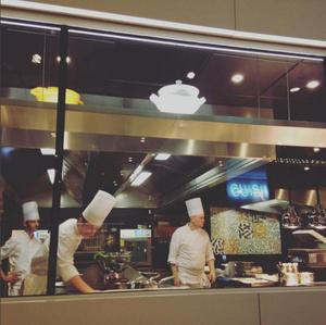 L Institut  restaurant ecole Paul Bocuse cuisine L'Institut - restaurant école Paul Bocuse