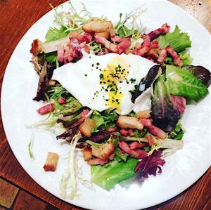 La Traboulerie salade lyonnaise La Traboulerie