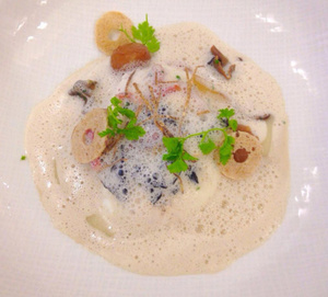 Le Gourmet de Seze Oeufs pochés sauce aux truffes Le Gourmet de Sèze