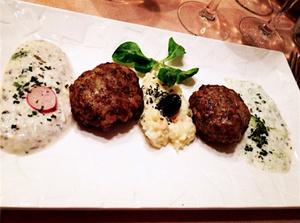 Le petit persan concombre yaourt et galettes viande Le petit persan