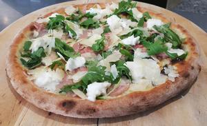 Mamamia Pizza Vitello Mamamia Pizza