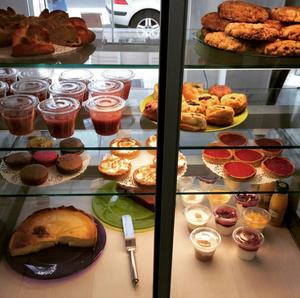 Marina cafe lunch gouter desserts Marina café lunch goûter