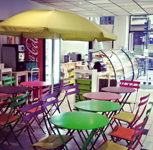 Marina cafe lunch gouter salle1 Marina café lunch goûter
