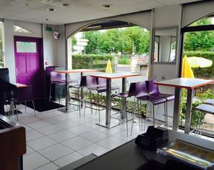 Snack de Lyon  El Jood salle1 Snack de Lyon - El Jood