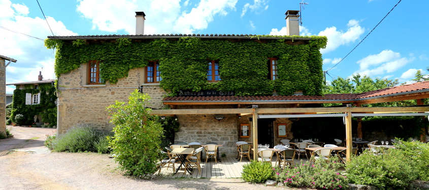 Terrasse du restaurant Auberge de la Côte à Thurins