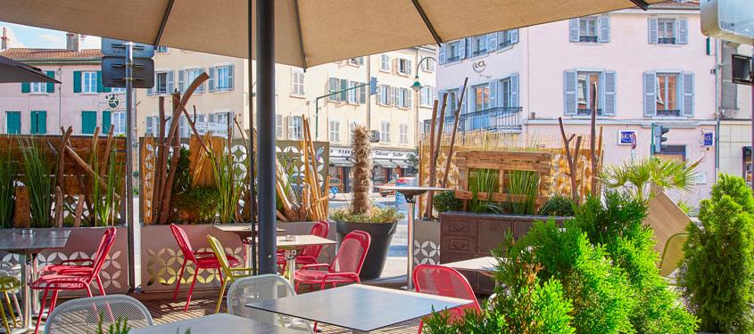 Terrasse du restaurant Brasserie La Rotonde à Tassin la Demi Lune