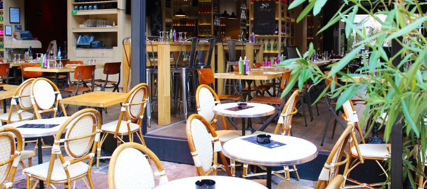 Les terrasses de restaurant urbaines Lyonnaises