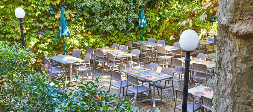 Terrasse du restaurant L'Autre Monde à Lyon