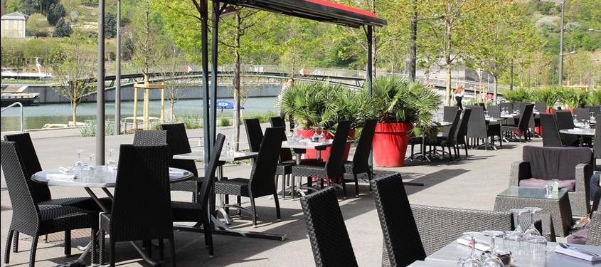 Terrasse du restaurant L'Endroit Confluence à Lyon
