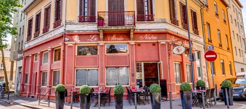 Terrasse du restaurant La storia nostra à Villeurbanne
