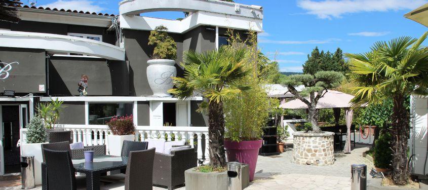 Terrasse du restaurant Le Bellagio à Collonges-au-Mont-d'Or