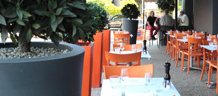 Terrasse du restaurant Le Bouchon de la Tour de Salvagny à La Tour-de-Salvagny