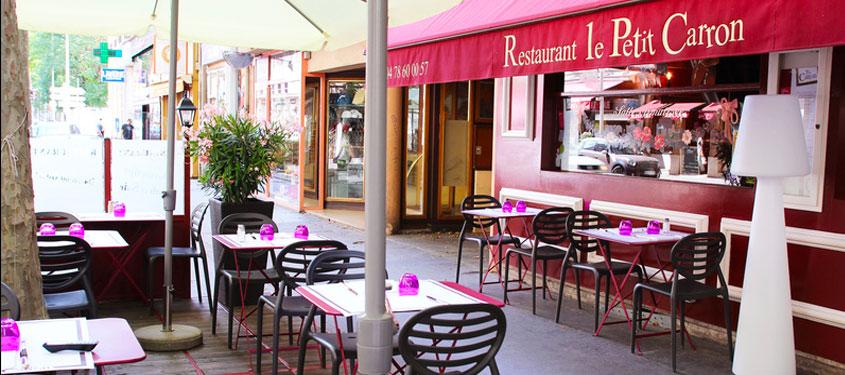 Terrasse du restaurant Le Petit Carron à Lyon
