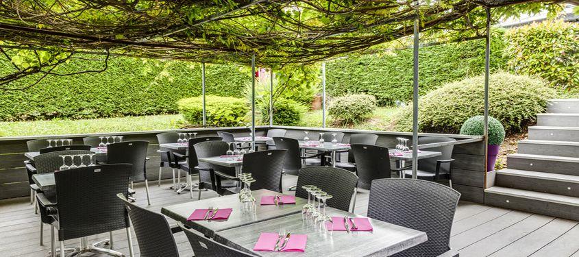 Le guide ultime des terrasses lyon les 100 plus belles for Resto paris terrasse jardin