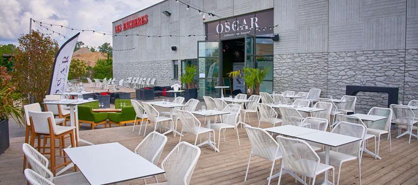Terrasse du restaurant Oscar à Villeurbanne